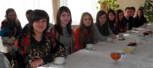 Чайна церемонія учнів коледжу